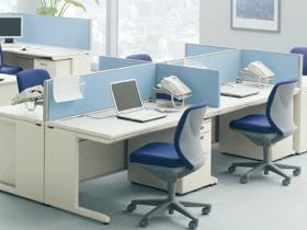 オフィス家具の組み立て・搬入も代行